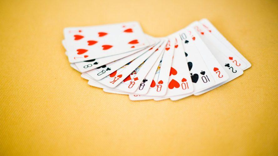 Zasady klasycznego pasjansa – jak grać w Klondike?